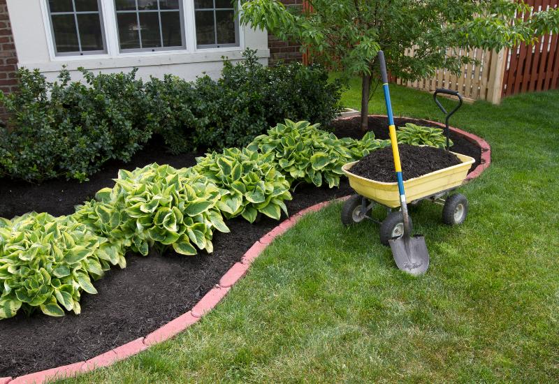 landscaping tips for model homes - fresh mulch